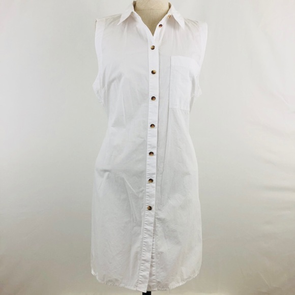 6440ba1a9 Anthropologie Tops - Maeve White Button Down Side Slit Sleeveless Tunic